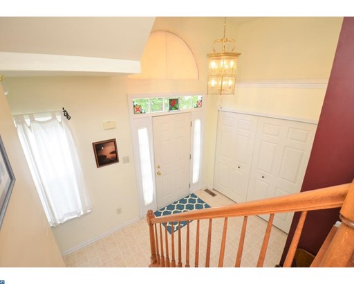 Row/Townhouse, Traditional - COLLEGEVILLE, PA (photo 3)