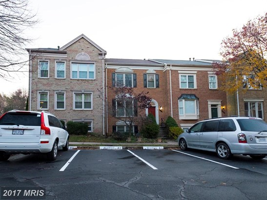 Townhouse, Contemporary - CENTREVILLE, VA (photo 4)