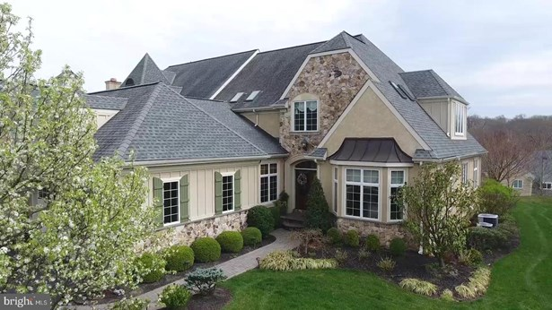 Twin/Semi-Detached, Single Family - HAVERFORD, PA