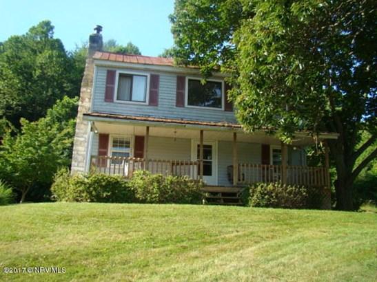Farm House, Detached - Newport, VA (photo 2)