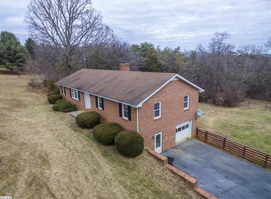 Ranch, Detached - STAUNTON, VA (photo 3)