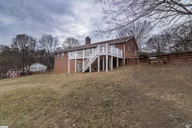 Ranch, Detached - STAUNTON, VA (photo 4)