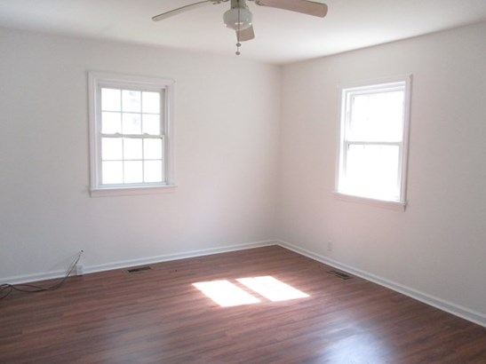 Residential/Vacation, 1 Story,Ranch - Lawrenceville, VA (photo 4)