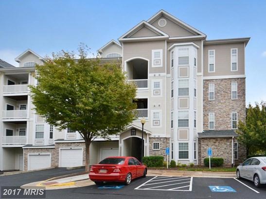 Garden 1-4 Floors, Colonial - LEESBURG, VA (photo 1)