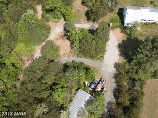 Farm House, Detached - TROY, VA