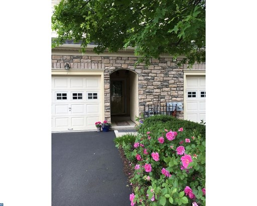Unit/Flat, Contemporary - NORRISTOWN, PA (photo 3)