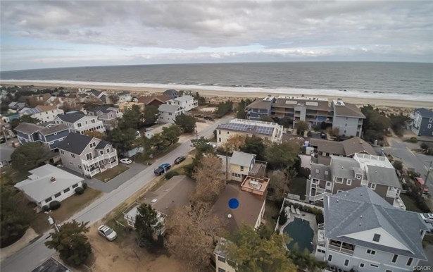 Condo/Townhouse, End Unit, Flat/Apartment - Dewey Beach, DE (photo 1)