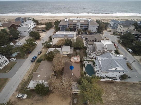 Condo/Townhouse, End Unit, Flat/Apartment - Dewey Beach, DE (photo 2)