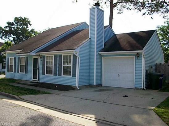 Contemp, Single Family - Newport News, VA (photo 1)