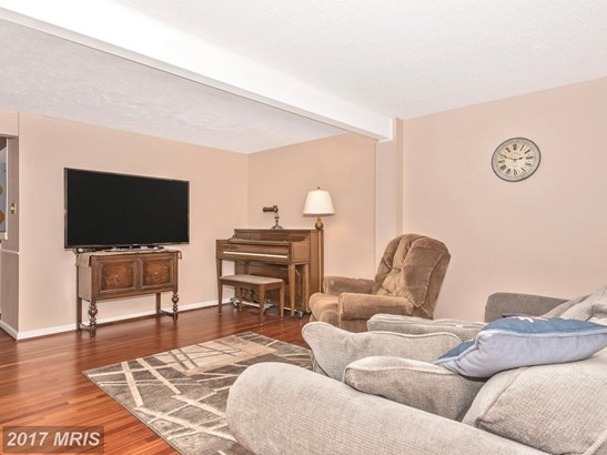 Townhouse, Traditional - DAMASCUS, MD (photo 2)