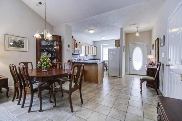 Patio Home (Zero), Single Family - Troutville, VA (photo 5)