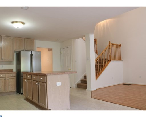 Colonial, Row/Townhouse/Cluster - FEASTERVILLE, PA (photo 5)