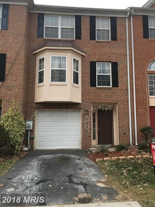 Townhouse, Traditional - GLENARDEN, MD (photo 1)