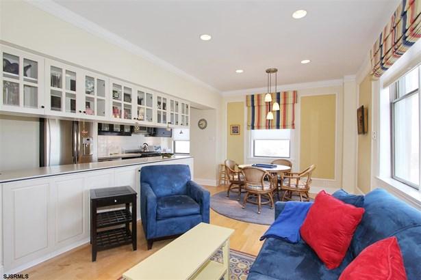 Condo, Converted Apartments - Ventnor, NJ (photo 2)