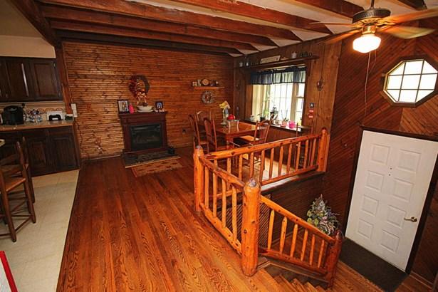 Residential, Split-Foyer - New Castle, VA (photo 3)