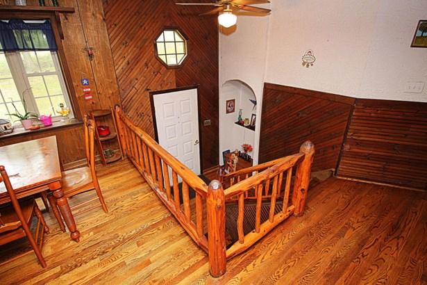 Residential, Split-Foyer - New Castle, VA (photo 4)