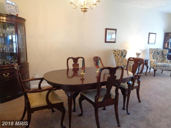 Townhouse, Colonial - COCKEYSVILLE, MD (photo 4)