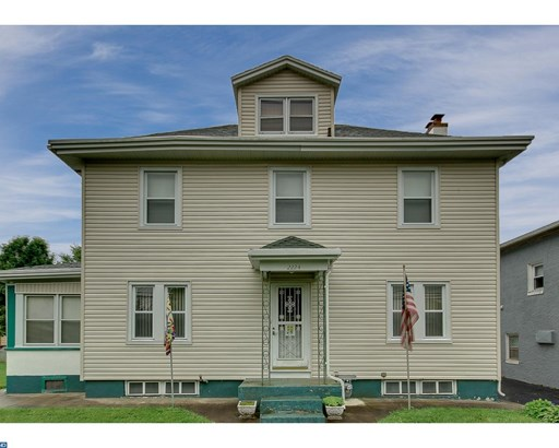 Colonial, Detached - UPPER CHICHESTER, PA (photo 2)