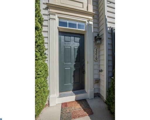 Row/Townhouse, Colonial - PHOENIXVILLE, PA (photo 3)