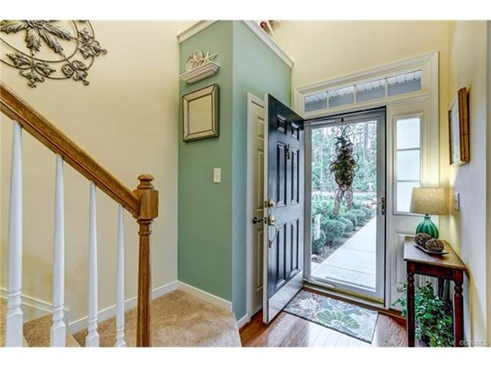 Condo/Townhouse, 2-Story, Rowhouse/Townhouse, Transitional - Glen Allen, VA (photo 4)