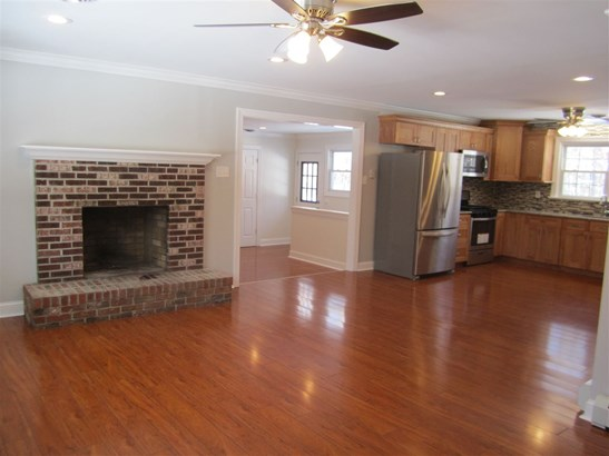 Ranch, Single Family - Steelmantown, NJ (photo 2)