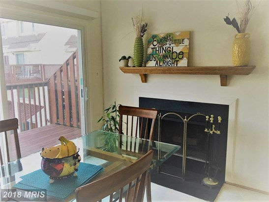 Townhouse, Contemporary - OLNEY, MD (photo 2)