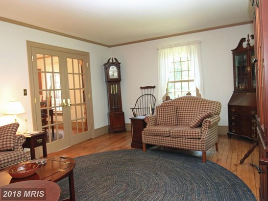 Dutch Colonial, Detached - FALLING WATERS, WV (photo 2)