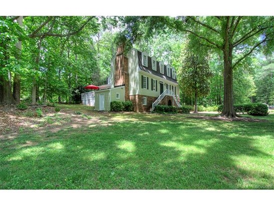 Dutch Colonial, Single Family - North Chesterfield, VA (photo 4)
