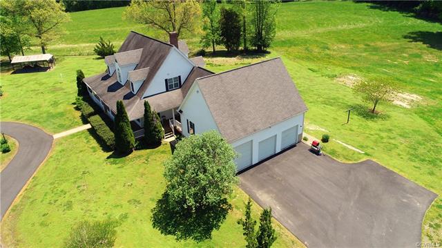 2-Story, Cape, Single Family - Bumpass, VA (photo 3)