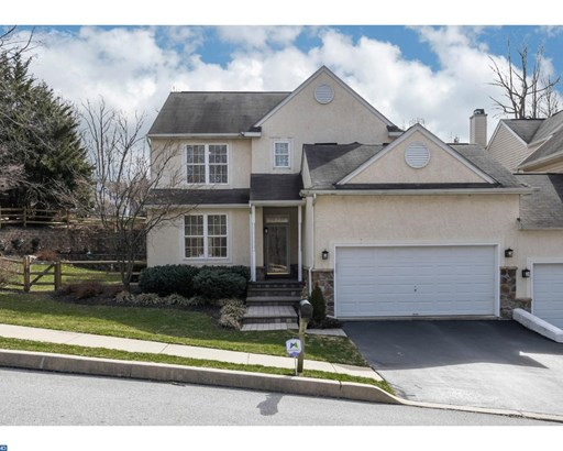 Semi-Detached, Traditional - DOWNINGTOWN, PA (photo 1)