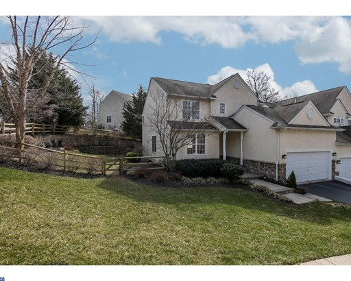 Semi-Detached, Traditional - DOWNINGTOWN, PA (photo 2)