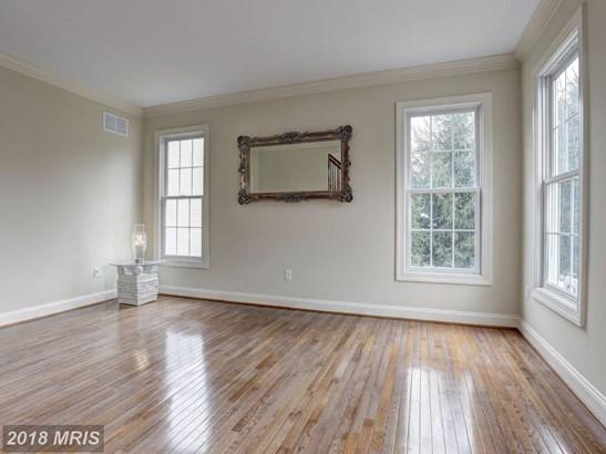 Colonial, Detached - LAUREL, MD (photo 4)