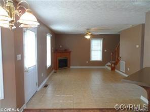 Colonial, House - Colonial Heights, VA (photo 4)
