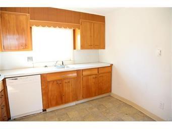 Apartment Style - Hellertown Borough, PA (photo 5)