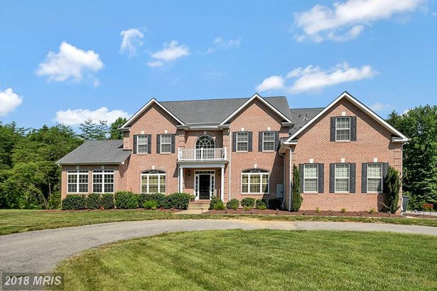 Colonial, Detached - WALDORF, MD