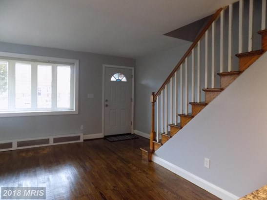 Semi-Detached, Traditional - BALTIMORE, MD (photo 2)