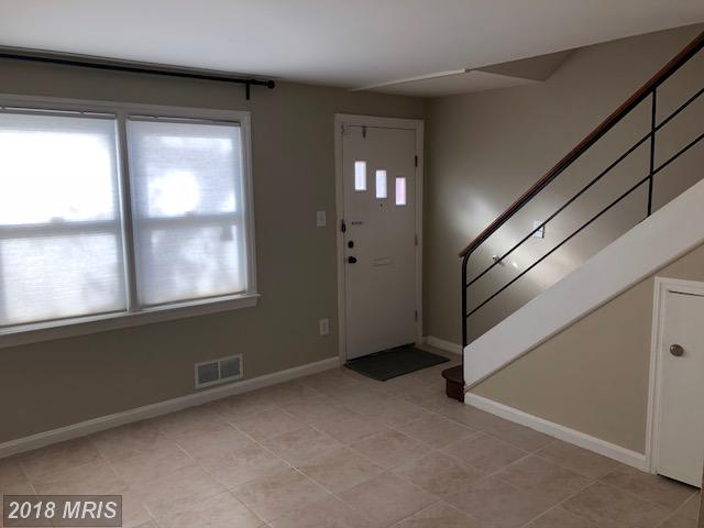 Colonial, Attach/Row Hse - TEMPLE HILLS, MD (photo 5)
