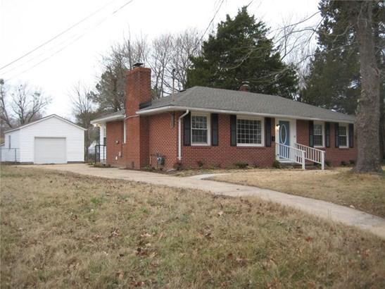 Ranch, Single Family - Newport News, VA (photo 1)