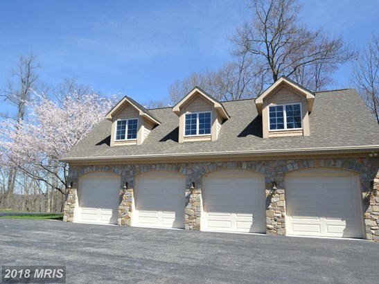 Traditional, Detached - WHITE HALL, MD (photo 3)