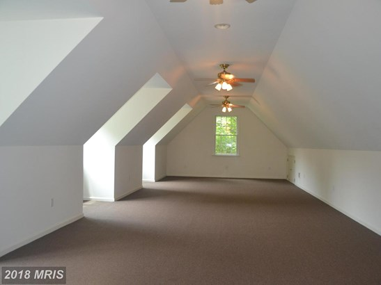 Traditional, Detached - WHITE HALL, MD (photo 4)