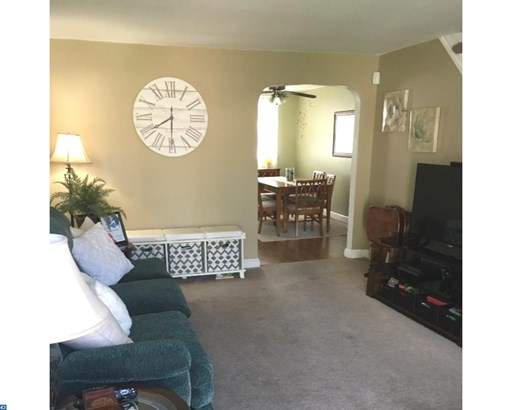 Row/Townhouse, AirLite - GLENOLDEN, PA (photo 3)