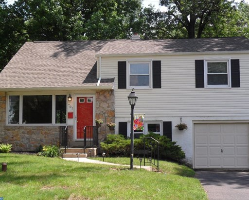 Colonial, Detached - LANSDALE, PA (photo 2)