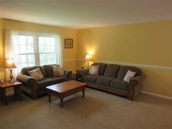 Bi-Level, Single Family - Dorothy, NJ (photo 4)