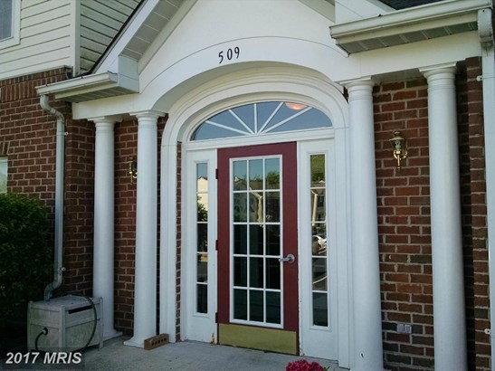 Garden 1-4 Floors, Traditional - JOPPA, MD (photo 2)