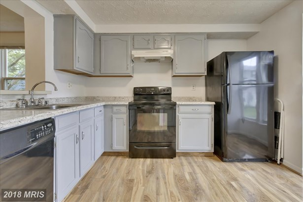Colonial, Attach/Row Hse - COLUMBIA, MD (photo 5)