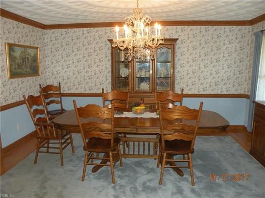 Cape Cod, Colonial, Single Family - Isle Of Wight County, VA (photo 5)