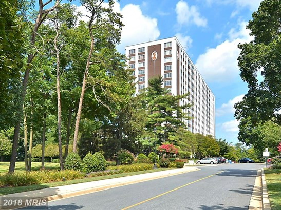 Hi-Rise 9+ Floors, Contemporary - NORTH BETHESDA, MD (photo 1)