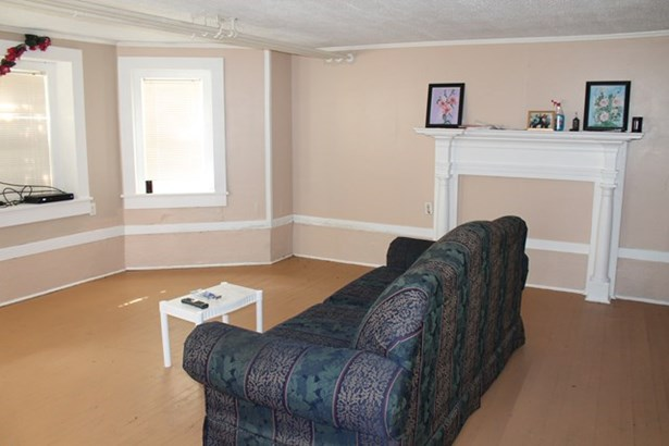 Multi-Level, Apartment House, Multi-Family - Halifax, VA (photo 2)