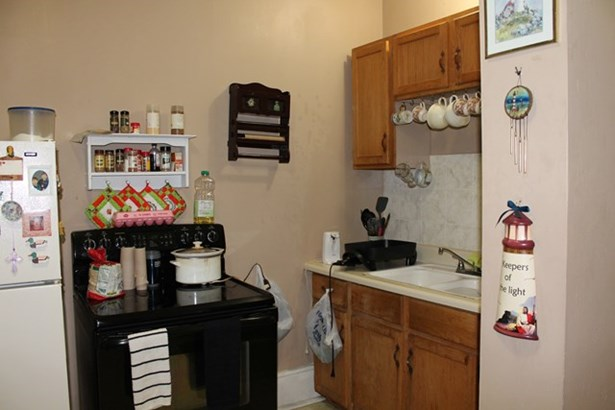 Multi-Level, Apartment House, Multi-Family - Halifax, VA (photo 5)