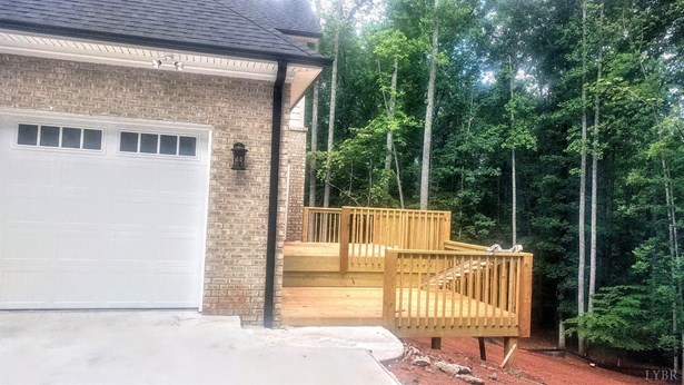 Single Family Residence, Two Story - Forest, VA (photo 5)